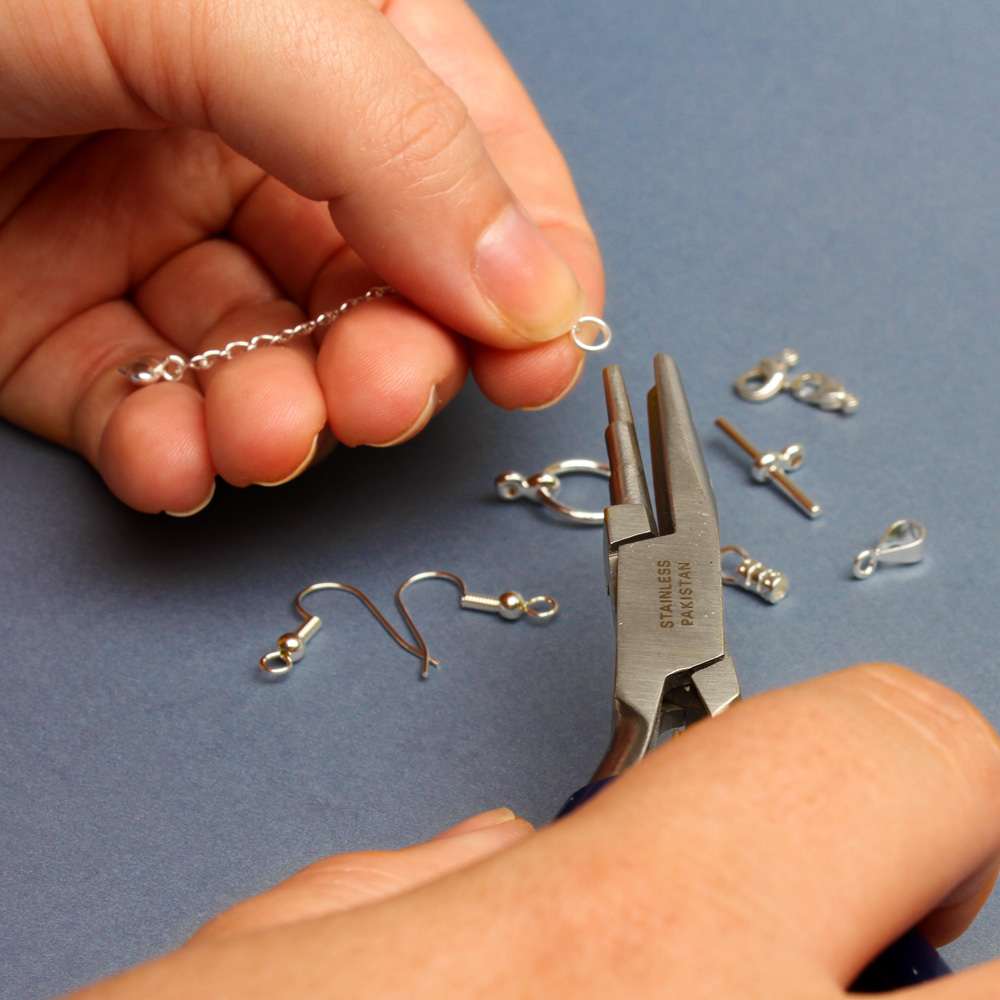 Selling jewellery: How to turn your hobby into a business